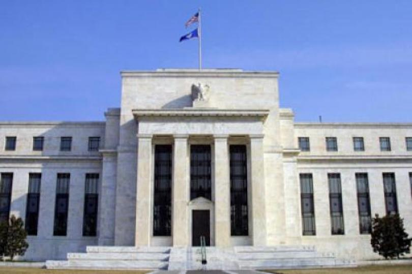 """الفائدة الأمريكية دون تغيير، وتكرار لفظ """" فترة ممتدة"""""""