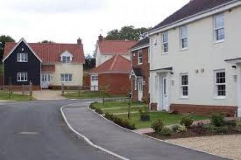 تترقب الأسواق ظهور بيانات مبيعات المنازل الجديدة المتوقع أن تتراجع بنسبة 3.5%