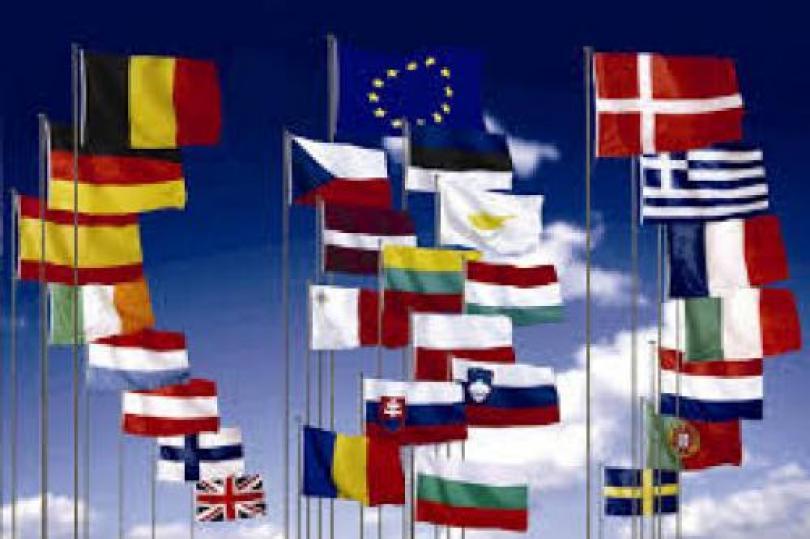 """""""باروسو"""": الاتحاد الأوروبي سيقوم بإعداد حزمة إنقاذ لدعم أوكرانيا"""