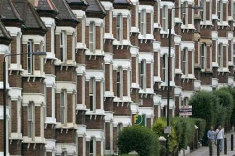 بدايات الإسكان الأمريكية ترتفع مدفوعةً بالتحفيز الحكومي والإعفاءات الضريبية